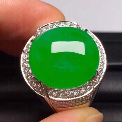 满绿翡翠戒指,色泽浓郁,性价比超高